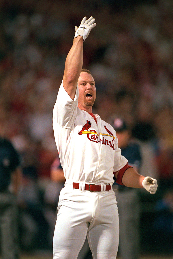 McGwire celebrates No. 62.