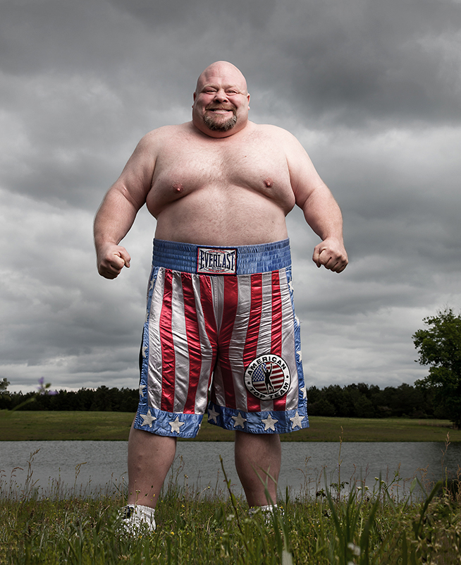 "Former Heavyweight boxer Eric ""Butterbean"" Esch near his home in Jasper, Alabama."