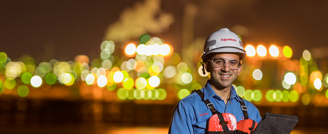 Panoramic Portrait Photography for ExxonMobil Annual Report